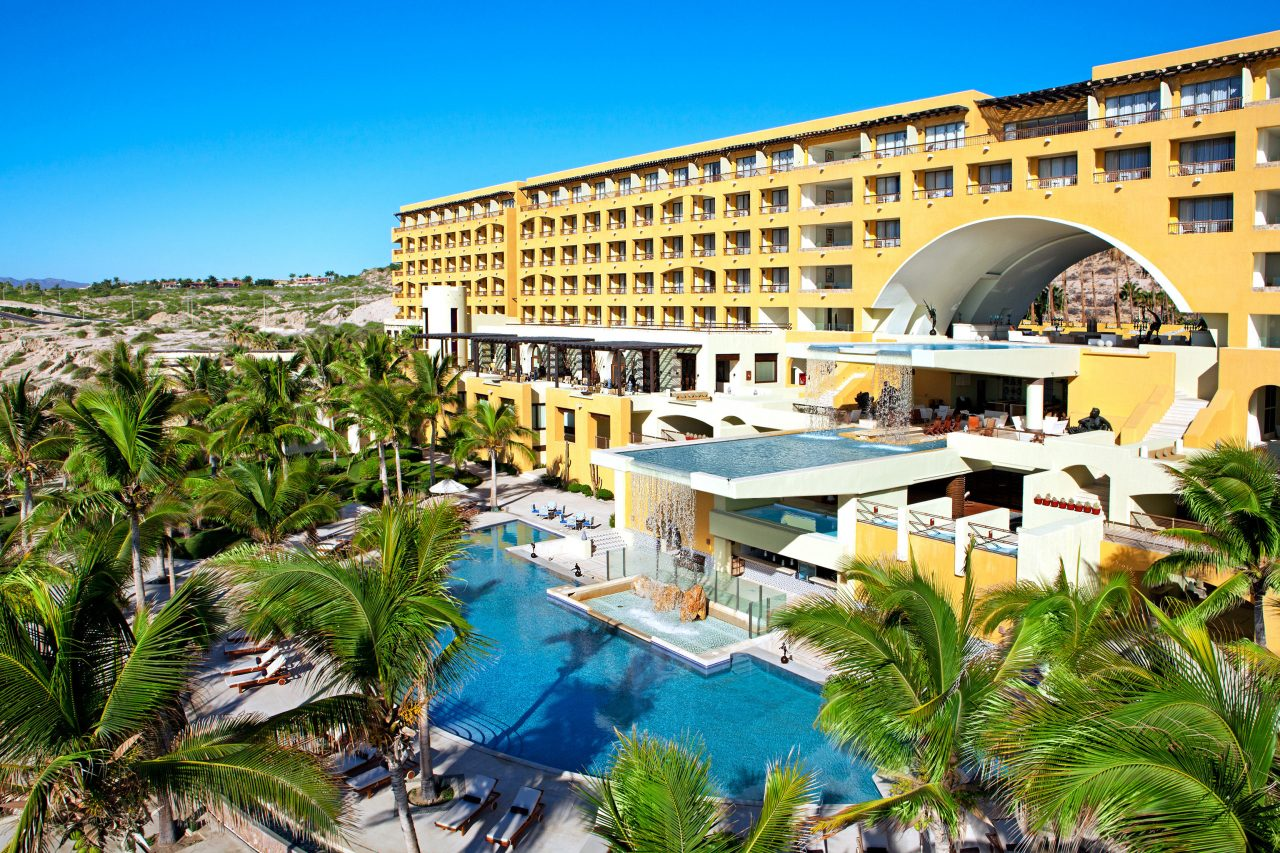 Best Condo Hotels Options For a Los Cabos Destination Wedding Today