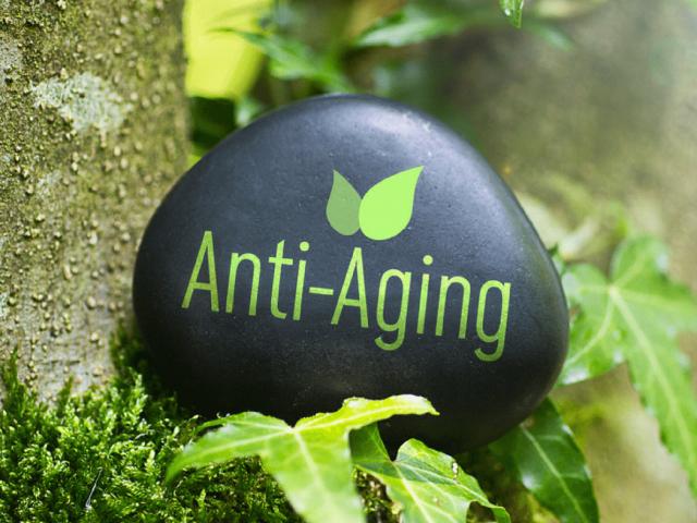 10 Anti-Aging Tips