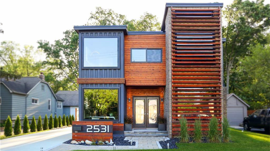 Ways to Build a Prefab Container Homes